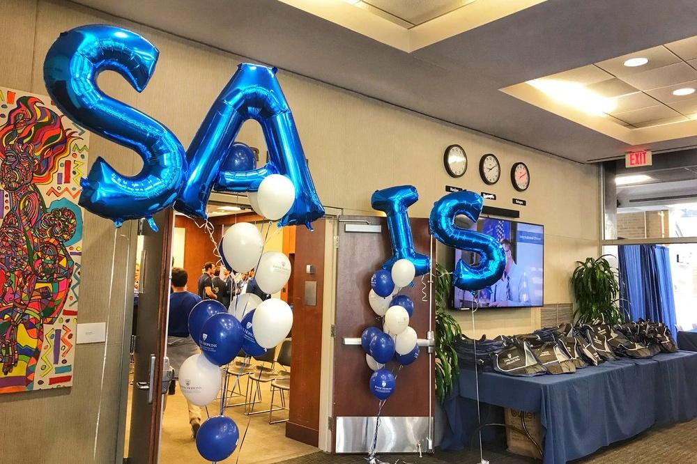 SAIS balloons outside meeting room